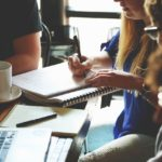 副業で業務委託する際の契約で注意すること
